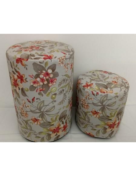 (R$ 40,00)  Kit Puff Mesa Redondo + 4 puffs Redondos Floral
